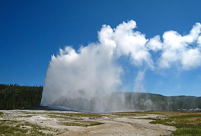 Old Faithful019