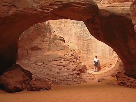 Sand Dune Arch (5)