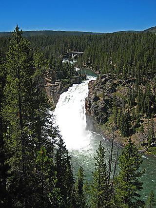 Yellowstone Canyon068