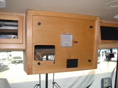 Front TV_0006-2
