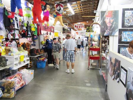 Red Barn Flea Market_0006
