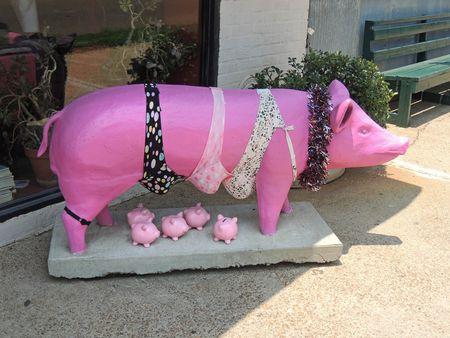 Pig Out Inn_0033