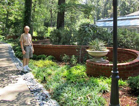 Dixon Gardens M_0035