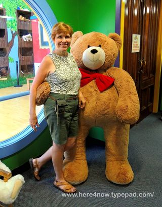 Vermont Teddy Bear_0100