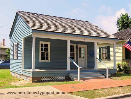Pensacola Village_0015