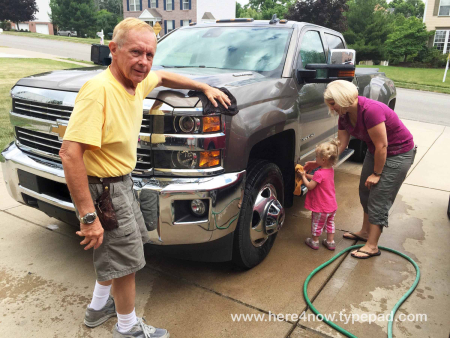 Lydia Washing Truck_01