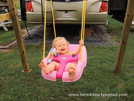 Lydia Swinging_0004