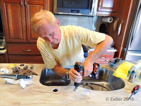 Kitchen Faucet_0007