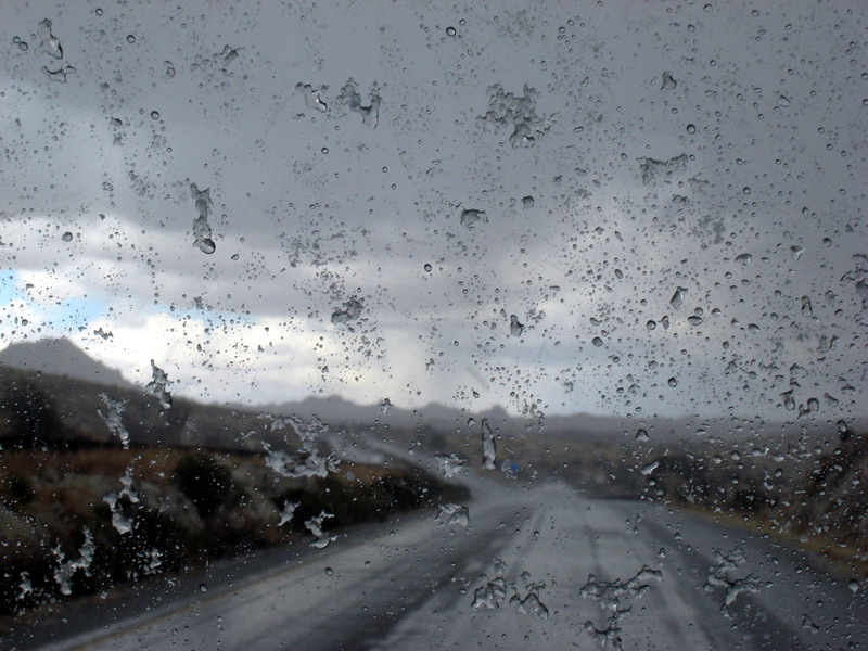 Icy_windshield_ton_to_dem