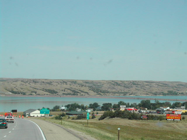 Western_side_of_missouri_river_1
